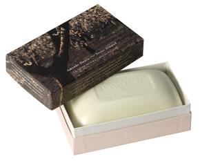 Giftbox 1 soap 350g (12 oz.) Sweet almond