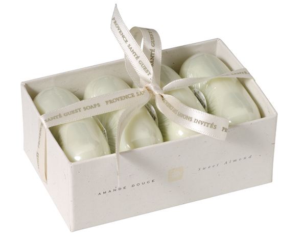 Giftbox 4 soaps 50g Almond